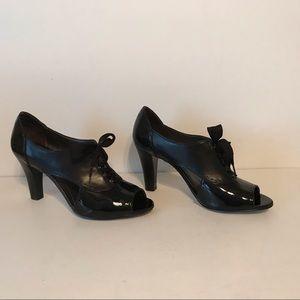 Circa by Joan & David Shoes, 9, black